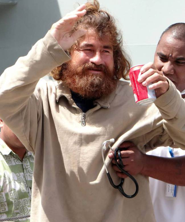 Castaway Survived A Year Adrift By Drinking Turtle Blood ad 1262150531
