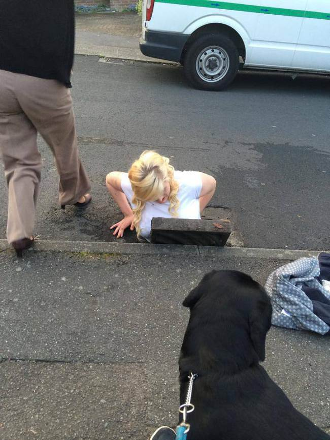 Girl Gets Stuck In A Grid Trying To Retrieve Her iPhone ad 131419414