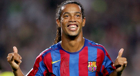 Ronaldinho Is Offering Up His Home To Fans For The World Cup cristiano ronaldo 604 ronaldinho hang loose trademark celebration from joga bonito in barcelona