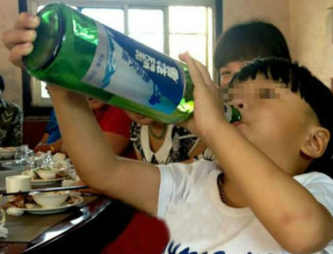 Cheng Cheng The 2 Year Old Beer Chugger ad 138762281