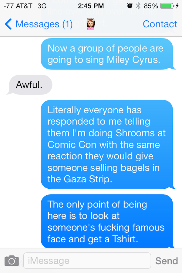 Guy Gets High On Mushrooms At Comic Con, His Texts Are Incredible comic con shrooms 05