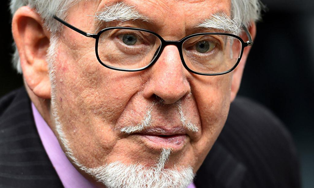 Rolf Harris Attacked And Spat At In His Oxfordshire Prison Rolf Harris 014