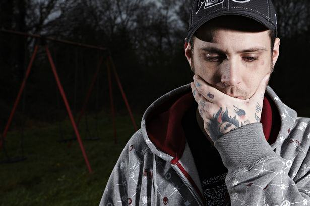 British Man Confronts Paedophiles For New Channel 4 Show The Paedophile Hunter