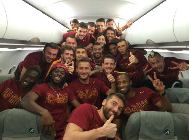 BREAKING: Ashley Cole Finally ACCEPTED By Roma Players cole6