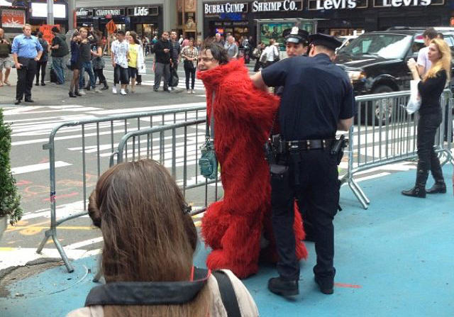 Times Square Elmo Arrested For Being Racist As F*ck 201209 elmo1