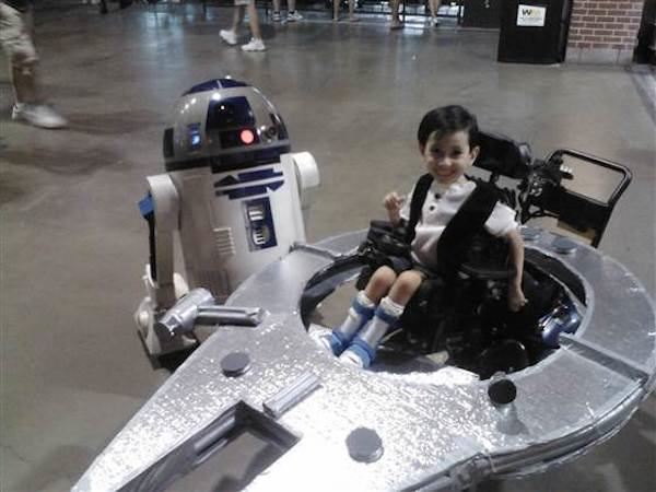 Parents Make Amazing Halloween Costumes For Their Disabled Kids Kyle Byrd