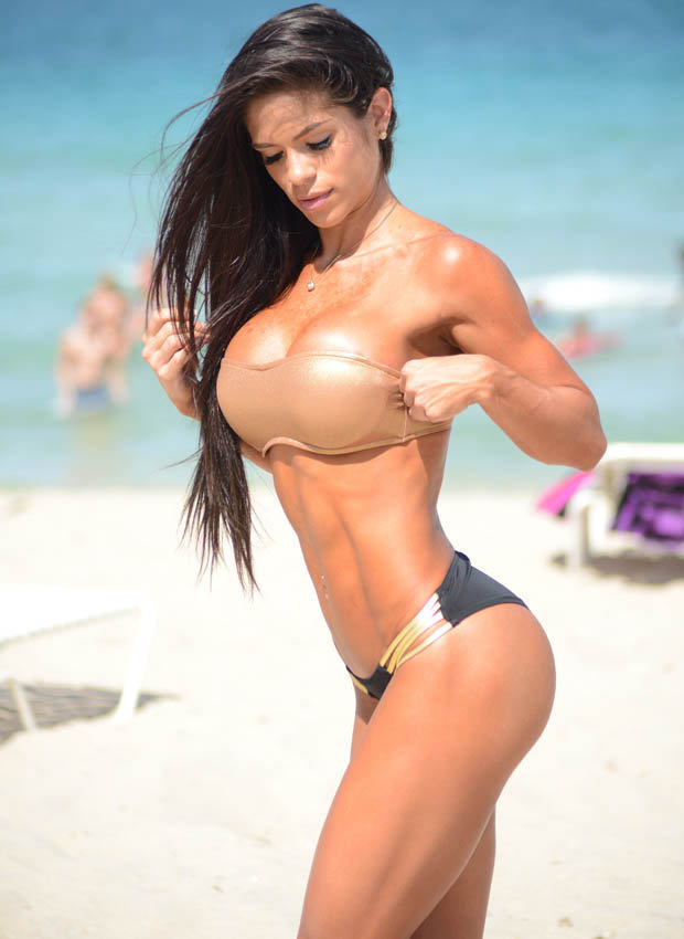 Michelle Lewin Might Just Have The Best Body Of 2014 lar