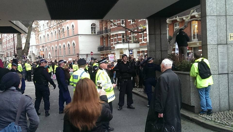 We Spoke To A Student Activist Who Was At The London Protests Yesterday 10462854 10205287522896286 2984023447397430130 n