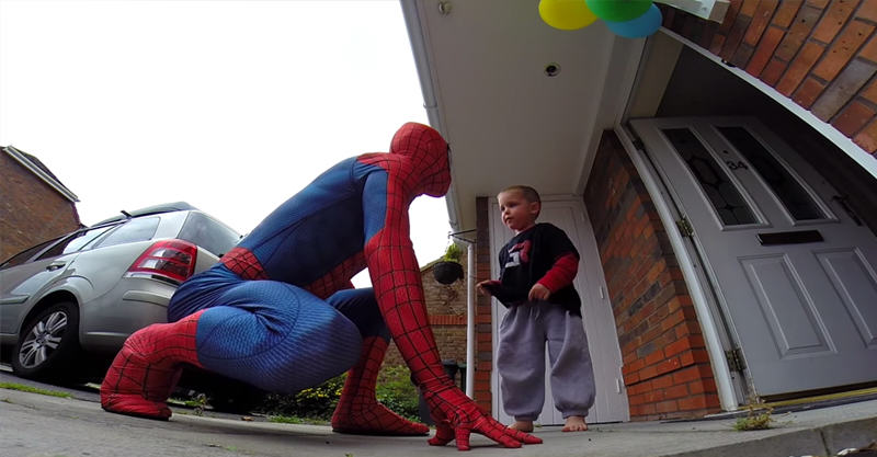 Dad Brilliantly Surprises His 5 Year Old Son Who Is Battling Cancer 259