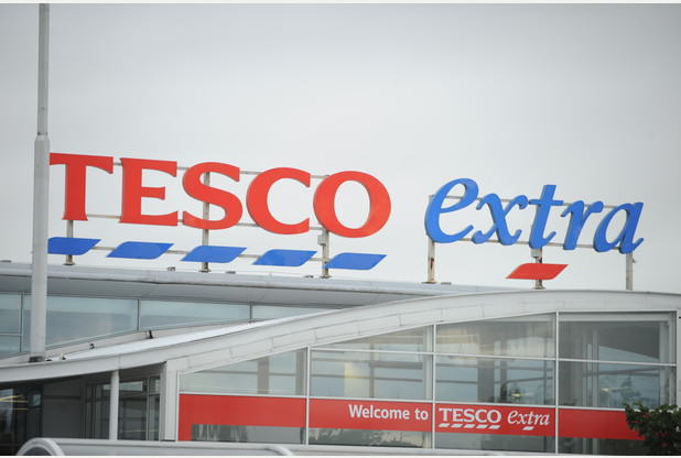 Man Threatens To Kill Tesco Staff With Photo Of A Gun 8173825 large