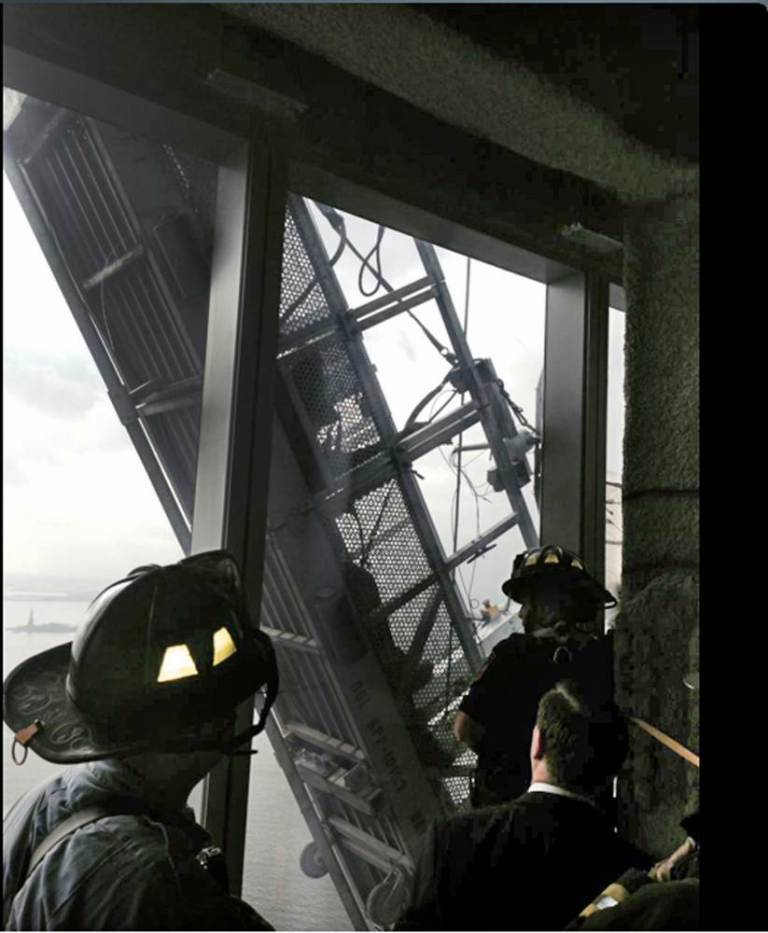 Window Cleaners Left Hanging 1800 Feet Up The One World Trade Center ad 151624241