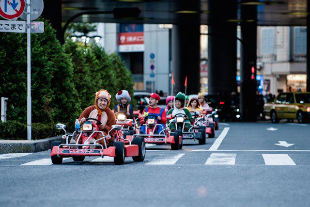 This Real Life Mario Kart Race Through The Streets Of Tokyo Is Awesome mariokart irl 09 1114 lgn