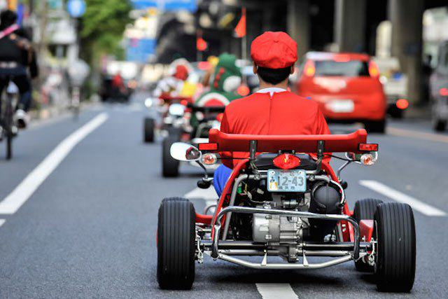 This Real Life Mario Kart Race Through The Streets Of Tokyo Is Awesome mariokart irl 12 1114 lgn