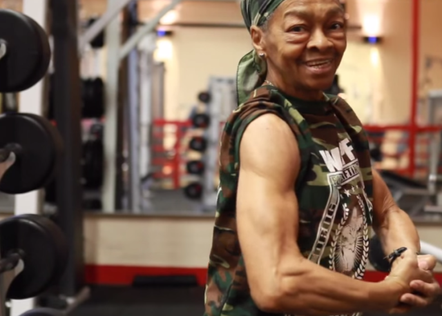This 77 Year Old Power Lifting Granny Is Stronger Than You 2014 11 30 1635