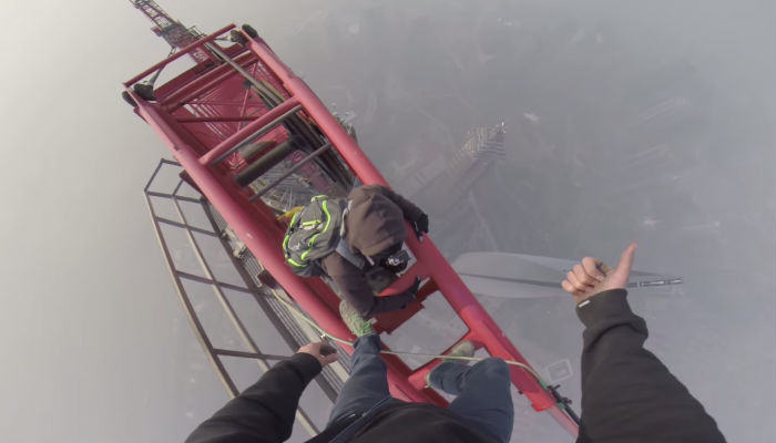 Two Russian Lads Climb The Second Tallest Tower In The World SHanghai web thumb