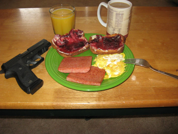 Man Makes His Wife Breakfast In Bed, She Shoots Him In The Chest 2013 01 26 breakfast