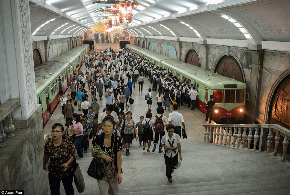 Photographer Visits North Korea Expecting Poverty And Unhappiness, Finds The Opposite article 2638213 1E49BE3F00000578 412 964x649