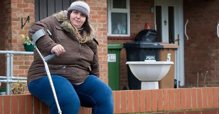 Woman 'Too Fat To Work' Refuses Treatment To Stay On Benefits jodie2