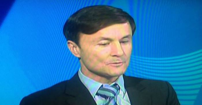 Dennis Wise Steals The Show With His Haircut wise TN e1422190662224