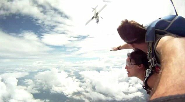 Unbelievable Moment Plane Nearly Hits Two Skydivers 257AE7B200000578 2945111 image a 29 1423435029487