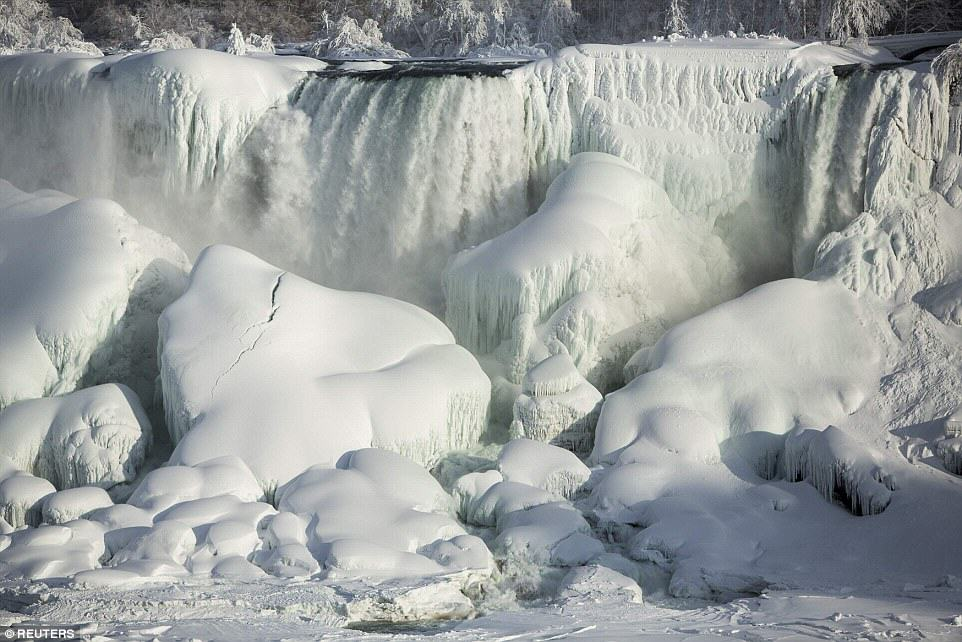 Niagara Falls Has Frozen Over As Extreme Weather Batters The East Coast 25C73AF300000578 0 image a 29 1424278300269