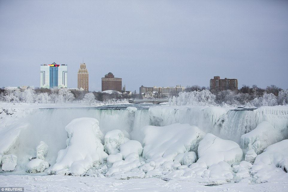 Niagara Falls Has Frozen Over As Extreme Weather Batters The East Coast 25C73DCD00000578 0 image a 28 1424278300243