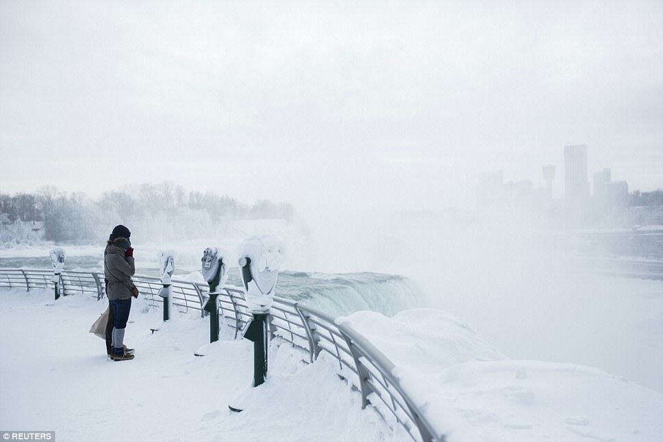 Niagara Falls Has Frozen Over As Extreme Weather Batters The East Coast 25CD40D100000578 0 image a 34 1424278324350