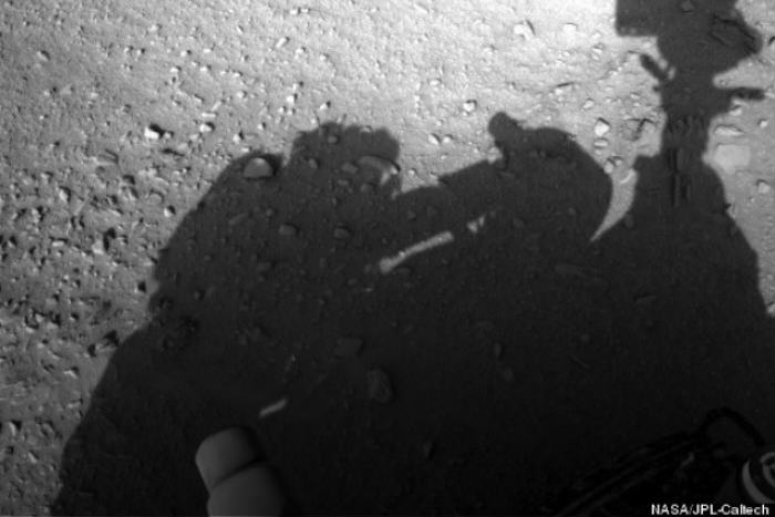 This Photo Is Proof Of Man On Mars, Apparently man mars