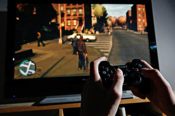 Schools To Report Parents To Police If Kids Play 18+ Video Games Grand Theft Auto IV