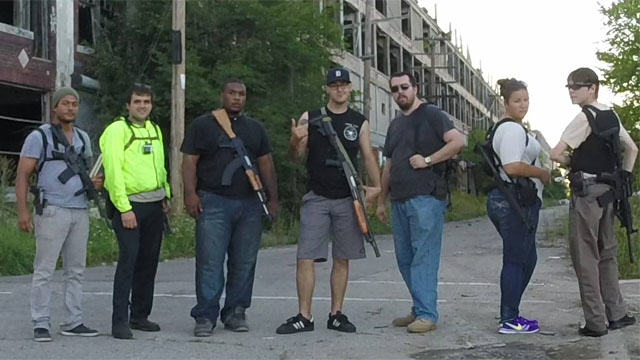 In Michigan Its Perfectly Legal To Stroll Around With An Assault Rifle Hells Saints Detroit Open Carry2