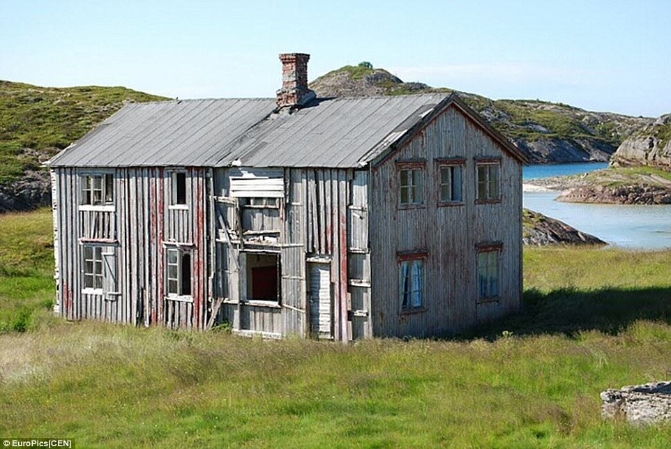 This Norwegian Home On A Private Island Could Be Yours For Just 5p house