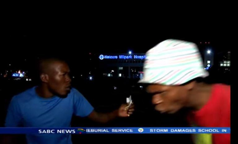 Reporter Mugged On Camera While Doing Live News Report mugging2