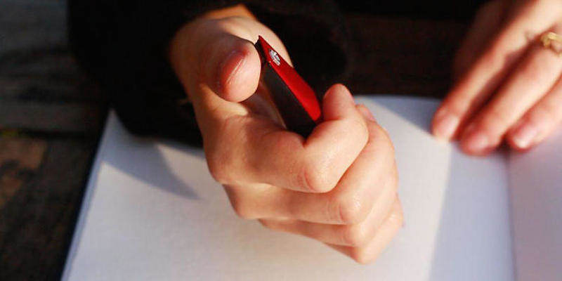 Geniuses Invent Pen That Helps Parkinsons Sufferers To Write pen