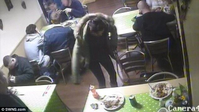 Guy Doesnt Want To Pay For Meal, Sets Pet Rat Loose In Restaurant rat1