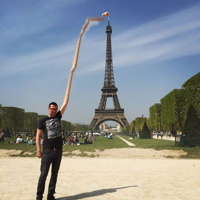 This Guy Posing Next To The Eiffel Tower Is The Latest Internet Craze 196