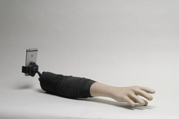 This Selfie Stick Looks Like An Arm, So That You Look Like Youve Got Friends 216