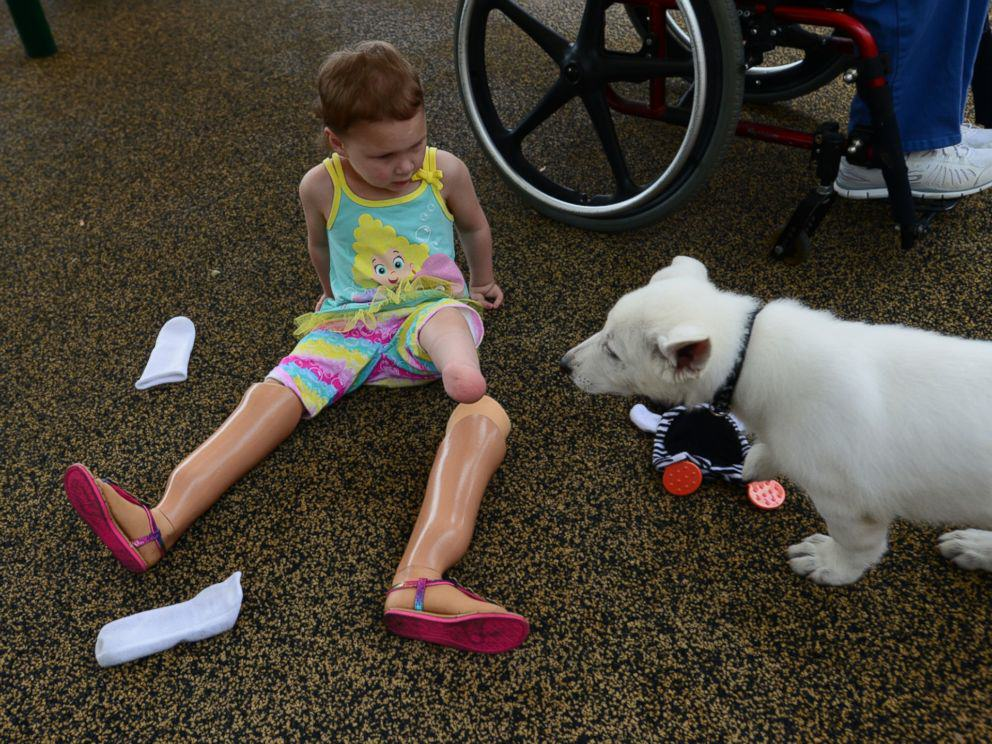 Tennessee Toddler Born Without Feet Gets Puppy Without a Paw 37