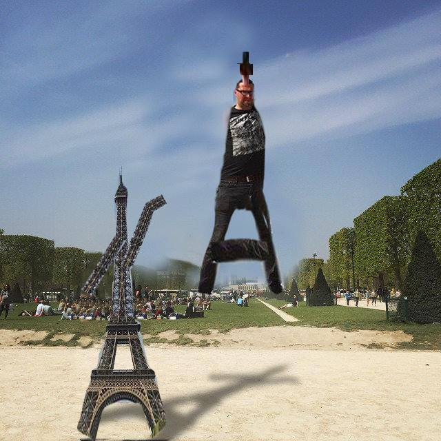 This Guy Posing Next To The Eiffel Tower Is The Latest Internet Craze 72