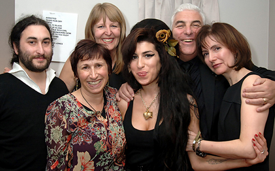 Amy Winehouses Dad Mitch Is Furious With Documentary About His Late Daughter Screen Shot 2015 04 26 at 14.07.16