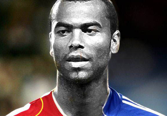 Arsenal And Chelsea Join Forces To Commission Half & Half Ashley Cole Statue coleWEBTHUMBNEW