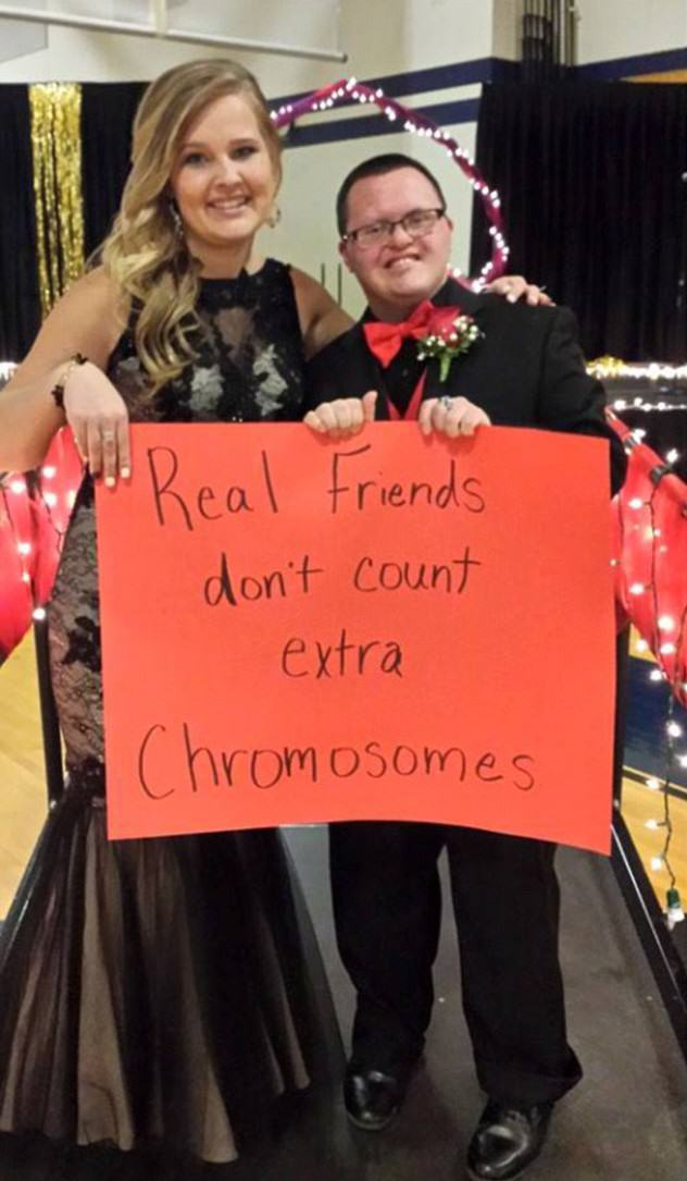 Lad With Downs Syndrome And His Prom Date Show How Its Done downs