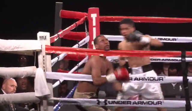 This Knockout Of The Year Is Horrific But So, So Watchable knockout1