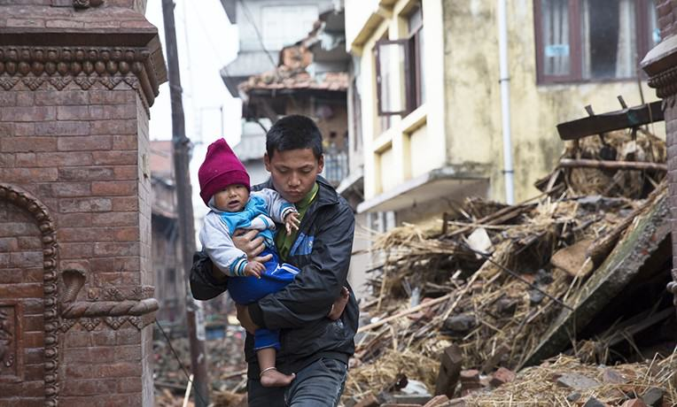 CCTV Footage Of Devastating Earthquake Hitting Nepal Is Not For Sensitive Viewers nepal1