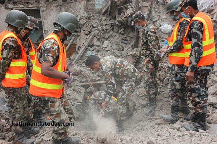 4 Month Old Baby Found Alive In Nepal Earthquake Rubble nepalbaby