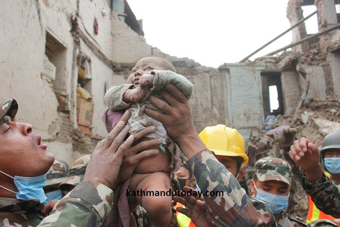 4 Month Old Baby Found Alive In Nepal Earthquake Rubble nepalbaby4