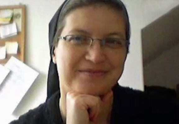 Nun Stabs A 7 Year Old To Teach Him About Jesus nunWEBTHUMBNEW