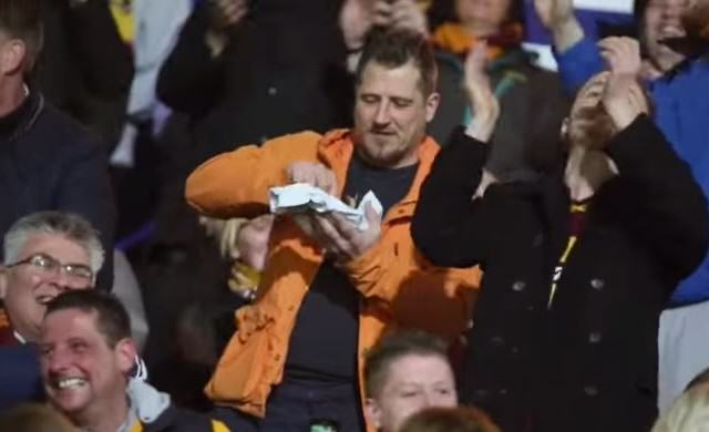 Bradford Fans Go Viral After Singing About One Fans Disappointing Pie pie 640x390
