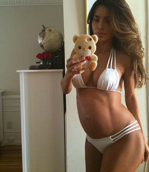 Believe It Or Not This Woman Is Due To Give Birth Any Day preggers1