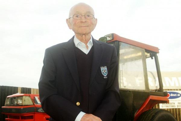 Britains Oldest Football Groundsman Is Offering Life Savings To Save Beloved Club 1135