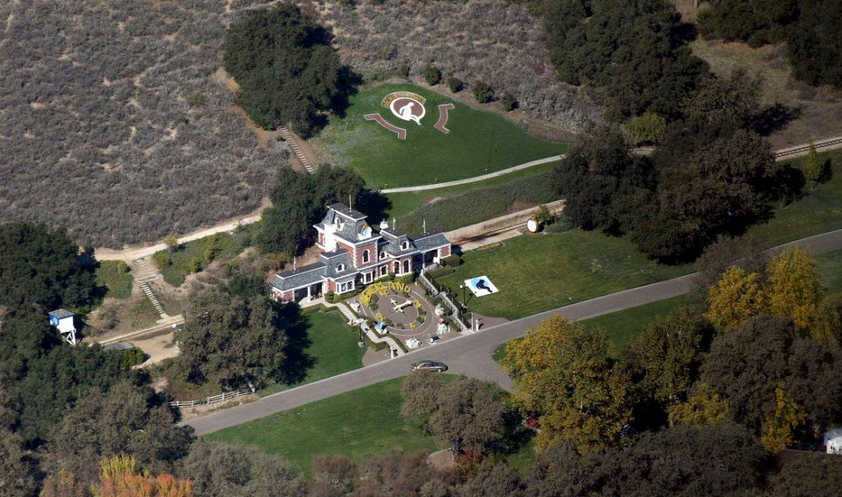 Michael Jacksons Neverland Ranch Up For Sale For $100 Million Screen Shot 2015 05 29 at 11.50.46
